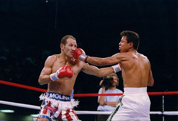 John John Molina (left) vs. Manuel Medina. Al Bello/Getty Images/Allsport