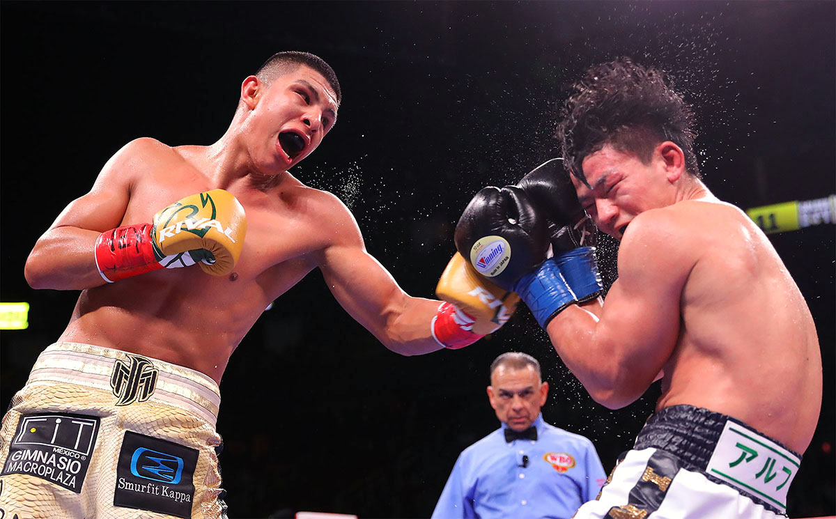 MunguiaInoue Hoganphotos1 - Jaime Munguia: 'Dennis Hogan is not a better fighter than me'