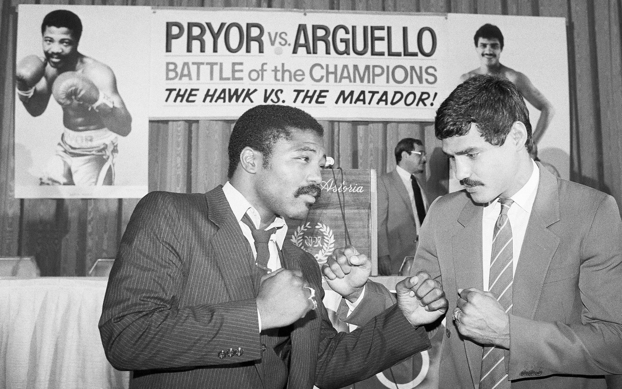 Aaron Pryor (left) and Alexis Arguello. Photo courtesy of ESPN.com