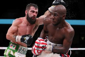 BJ2I6565 1 300x200 - Tevin Farmer retains IBF super feather crown, defeats Jono Carroll by unanimous decision