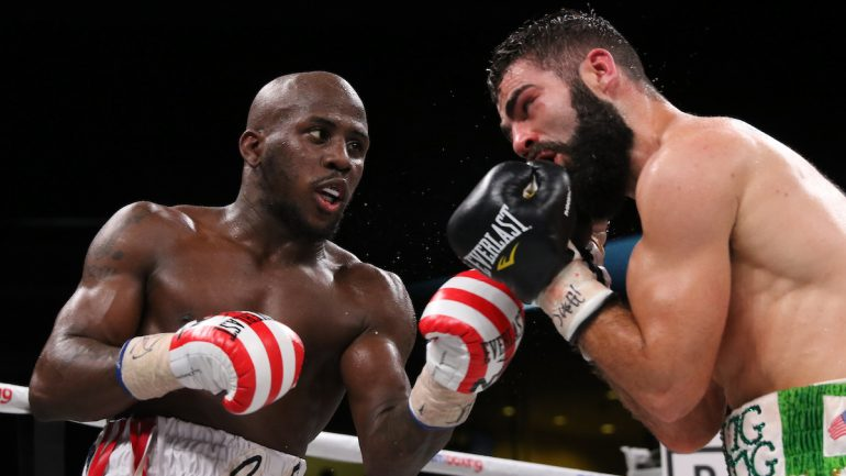 Tevin Farmer retains IBF super feather crown, defeats Jono Carroll by unanimous decision