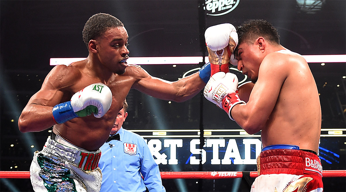 Errol Spence Jr. (left) vs. Mikey Garcia. Photo by Frank Micelotta - Fox Sports/PictureGroup