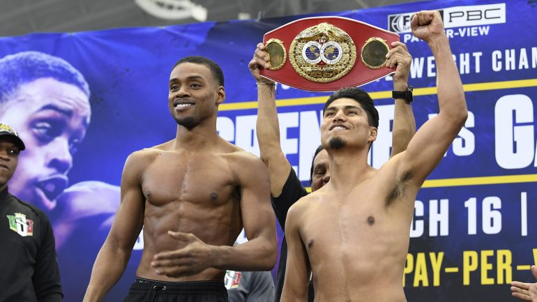 Watch: Spence-Garcia weigh-in, Mikey feels the love in Texas
