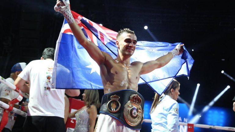 Andrew Moloney starches Miguel Gonzalez in 8, earns WBA jr. bantam title shot