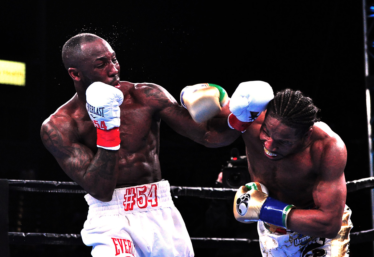 porter ugas bygerman5 - Shawn Porter retains title with lopsided split decision over Yordenis Ugas