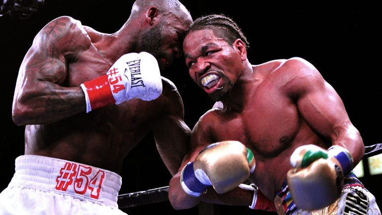 Shawn Porter retains title with lopsided split decision over Yordenis Ugas