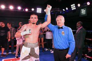 Richard Brewart Carlos Baeza 300x200 - Press release: Erick Ituarte outpoints Jose Estrella in 10-round 'Locked n' Loaded' main event