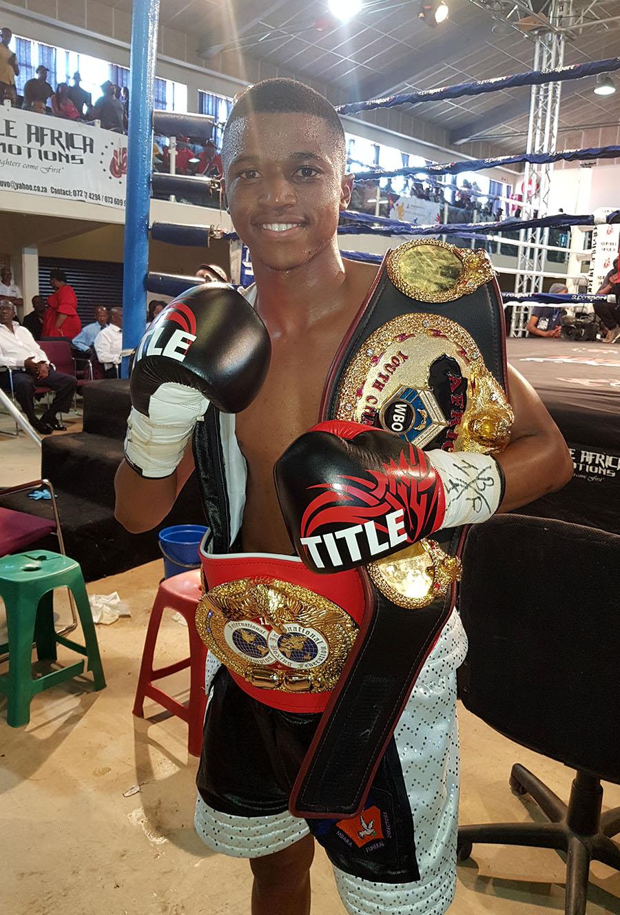 Sive Nontshinga - Azinga Fuzile dazzles against Romulo Koasicha, looks toward title shot.