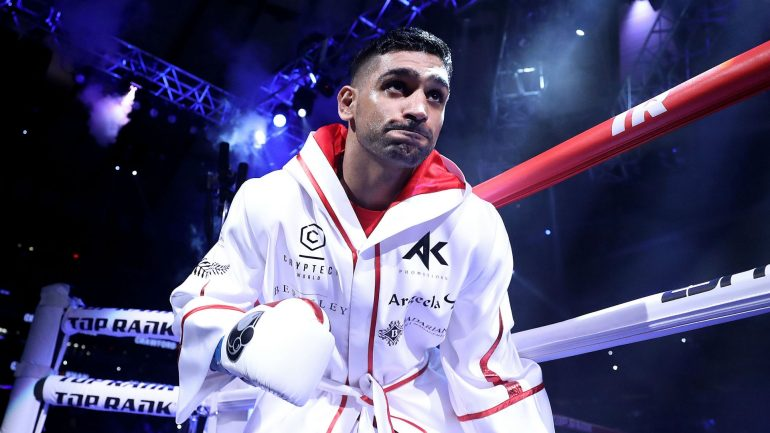Amir Khan drops Billy Dib twice, wins by stoppage in the fourth