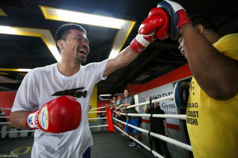 Manny Pacquiao tuyên bố Floyd Mayweather đã hết thời, chẳng còn mong muốn tái đấu