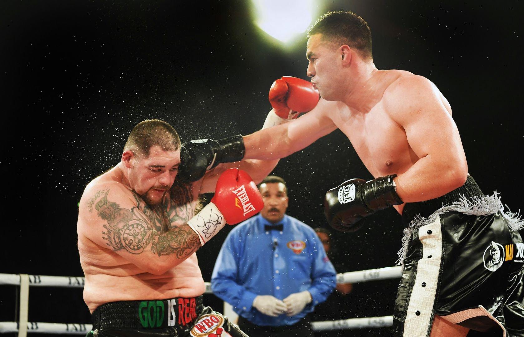 Joseph Parker (right) vs. Andy Ruiz. Photo courtesy of Duco Events