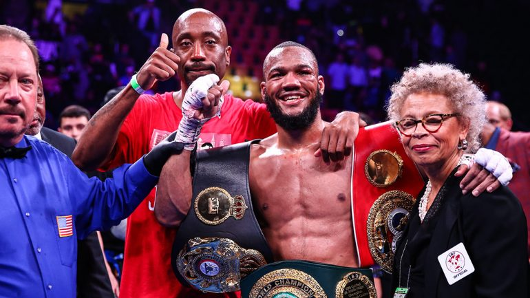 Sources: Julian Williams will defend against Jeison Rosario on Jan. 18 at Philly's Liacouras Center