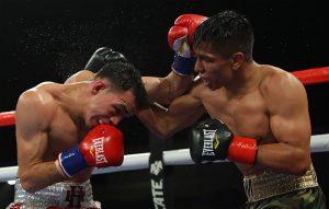 Manny Robles Rigo Hermosillo Hoganphotos 300x191 - Romero Duno edges Juan Rodriguez via technical decision in a gut check