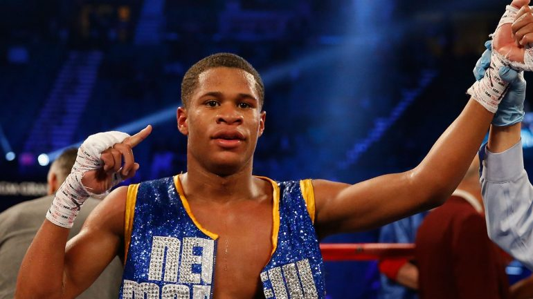 Devin Haney shuts out difficult Alfredo Santiago, retains WBC lightweight title