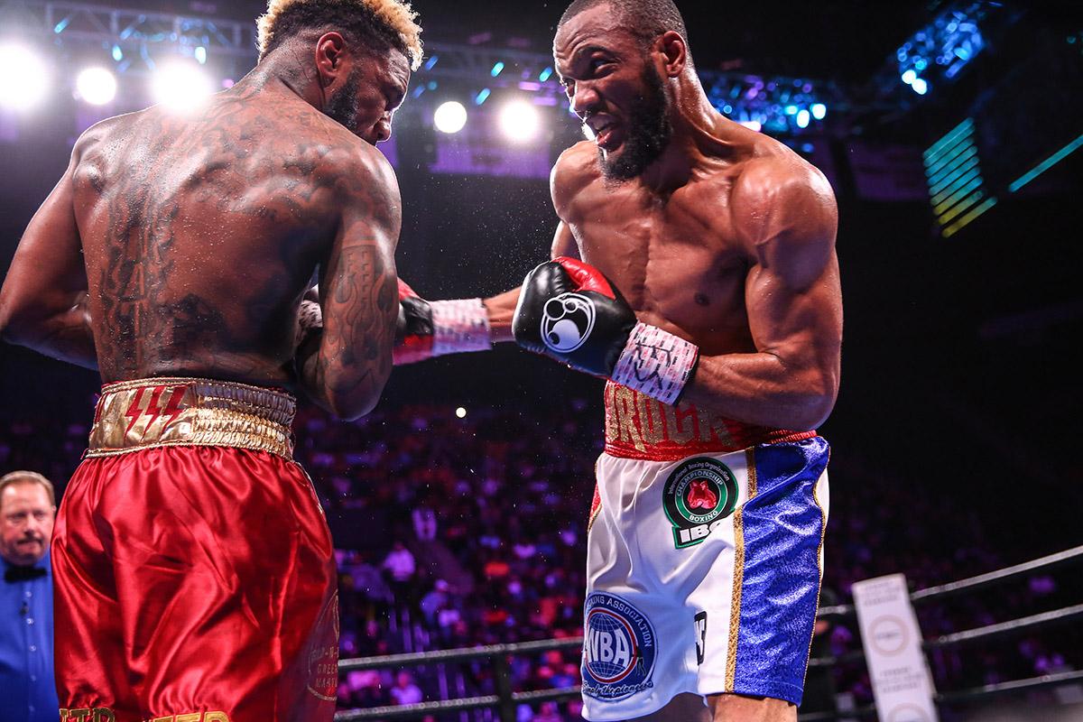 hurd williams LR TGB FIGHT NIGHT TRAPPFOTOS MAY112019 0228 - Julian Williams drops Jarrett Hurd in second round, wins unanimous decision