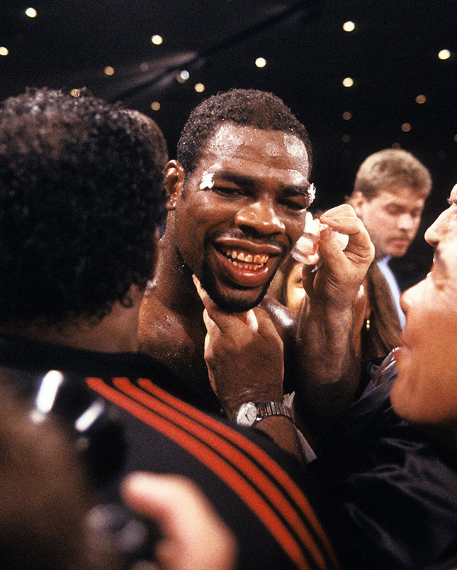 Iran Barkley bloody grin 1st Hearns fight Ring - From The Archive: On This Day: Iran Barkley upsets Thomas Hearns for WBC middleweight title