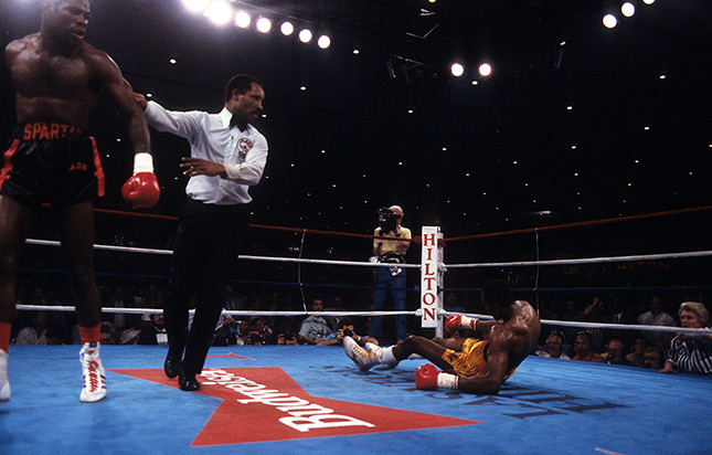 Iran Barkley drops Thomas Hearns Ring - From The Archive: On This Day: Iran Barkley upsets Thomas Hearns for WBC middleweight title