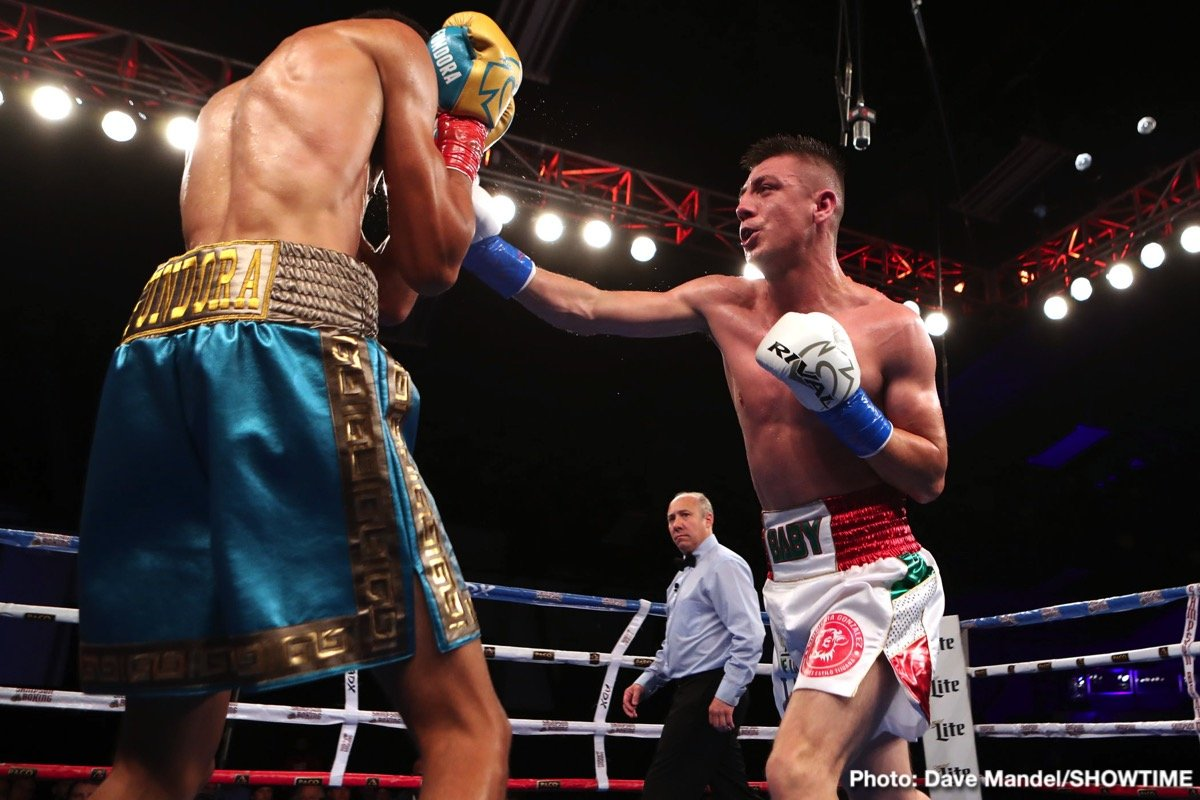 Junior middleweight Sebastian Fundora (left) vs. Hector Zepeda. Photo credit: Dave Mandel/Showtime
