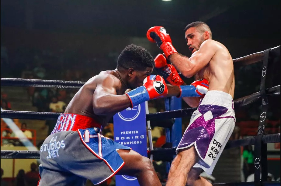 Junior middleweight Erickson Lubin (left) vs. Zakaria Attou. Photo credit: Esther Lin/Showtime