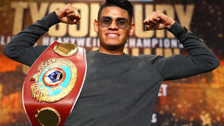 Emanuel Navarrete wants other 122-pound titleholders after Juan Miguel Elorde