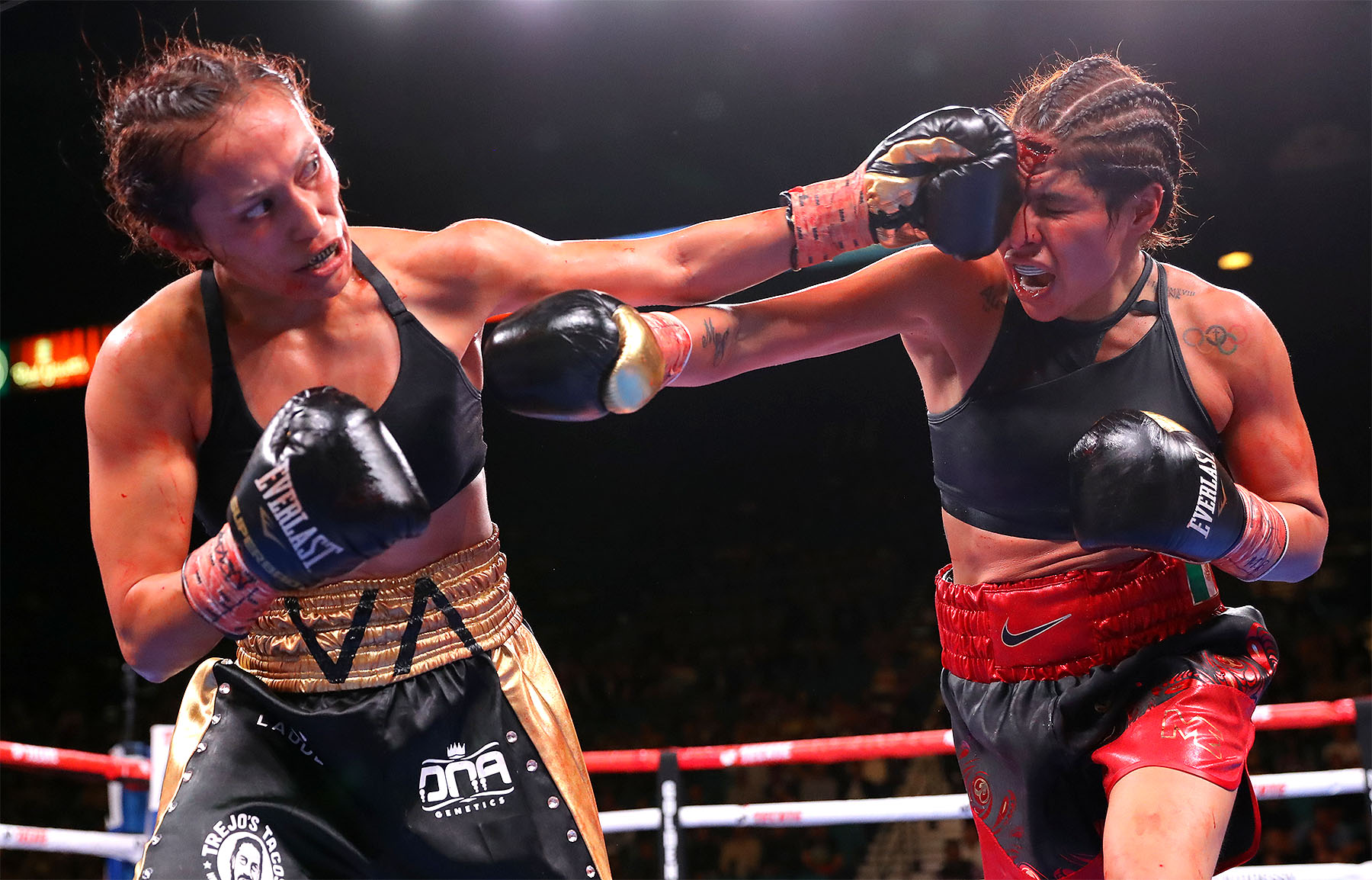 Seniesa Estrada (left) vs. Marlen Esparza. Photo by Tom Hogan