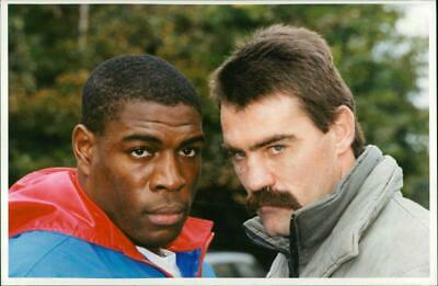 Frank Bruno (left) and Pierre Coetzer
