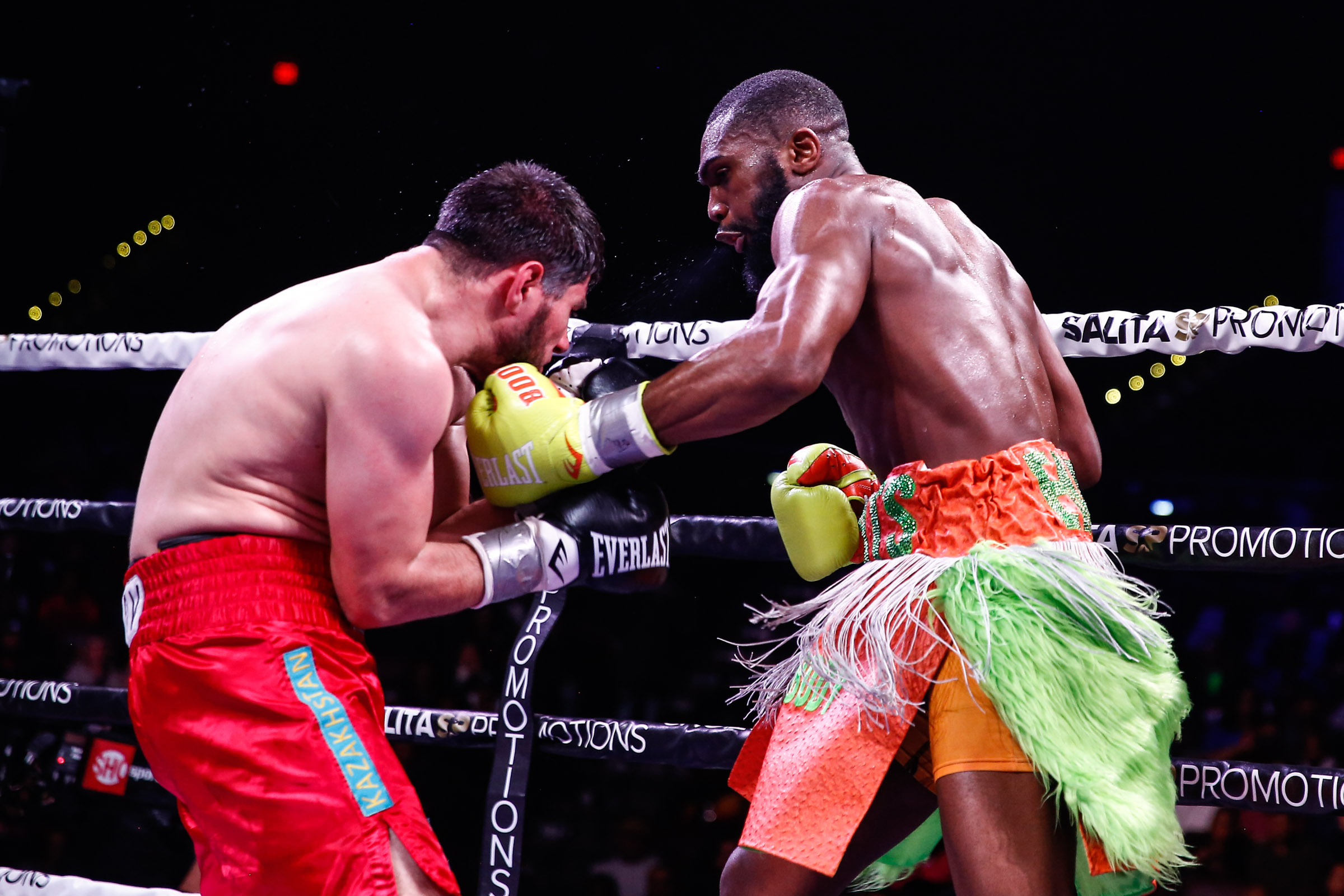"""<strong>Jaron """"Boots"""" Ennis (right) devoured overmatched Bakhtiyar Eyubov (Photo by Stephanie Trapp/Trappfotos/SHOWTIME)</strong>"""