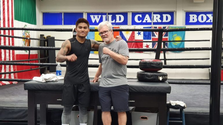 Mark Magsayo training with Freddie Roach, world title shot beckons