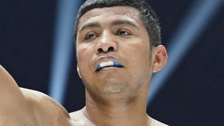 A Champion Forever The great Roman Gonzalez returns to win yet another world title