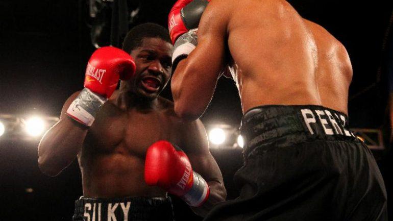 Mark Reyes Jr. KOs Gabriel Punalef in 4, Wilky Campfort wins in return