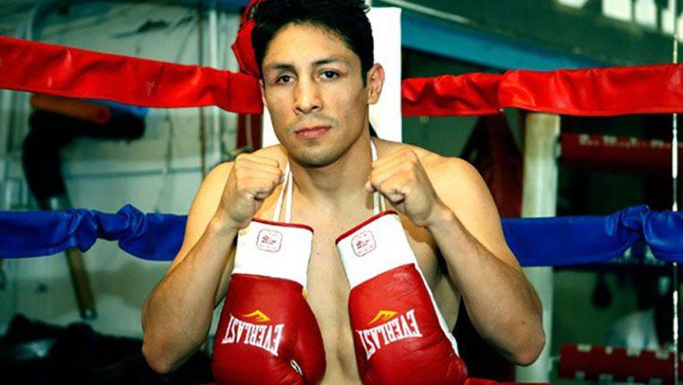 SIGUE DANDO PELEA Israel Vázquez libra su batalla más dura fuera del ring