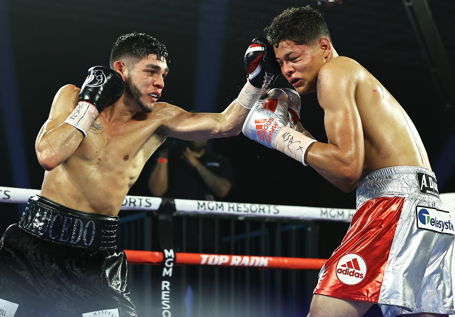 Alex Saucedo vs Sonny Fredrickson action9 - Alex Saucedo: I can beat either Josh Taylor or Jose Ramirez