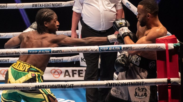 Akeem Ennis-Brown wins British and Commonwealth 140-pound titles, decisions Philip Bowes