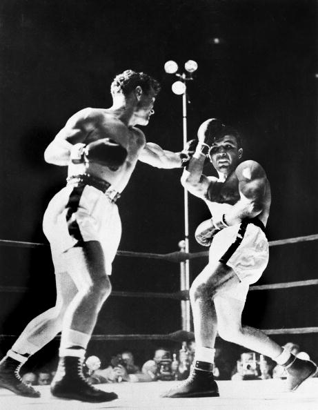 LaMotta vs. Dauthuille GettyImages 104419820 - Jake LaMotta proved boxing's Hail Marys unlike those in any other sport
