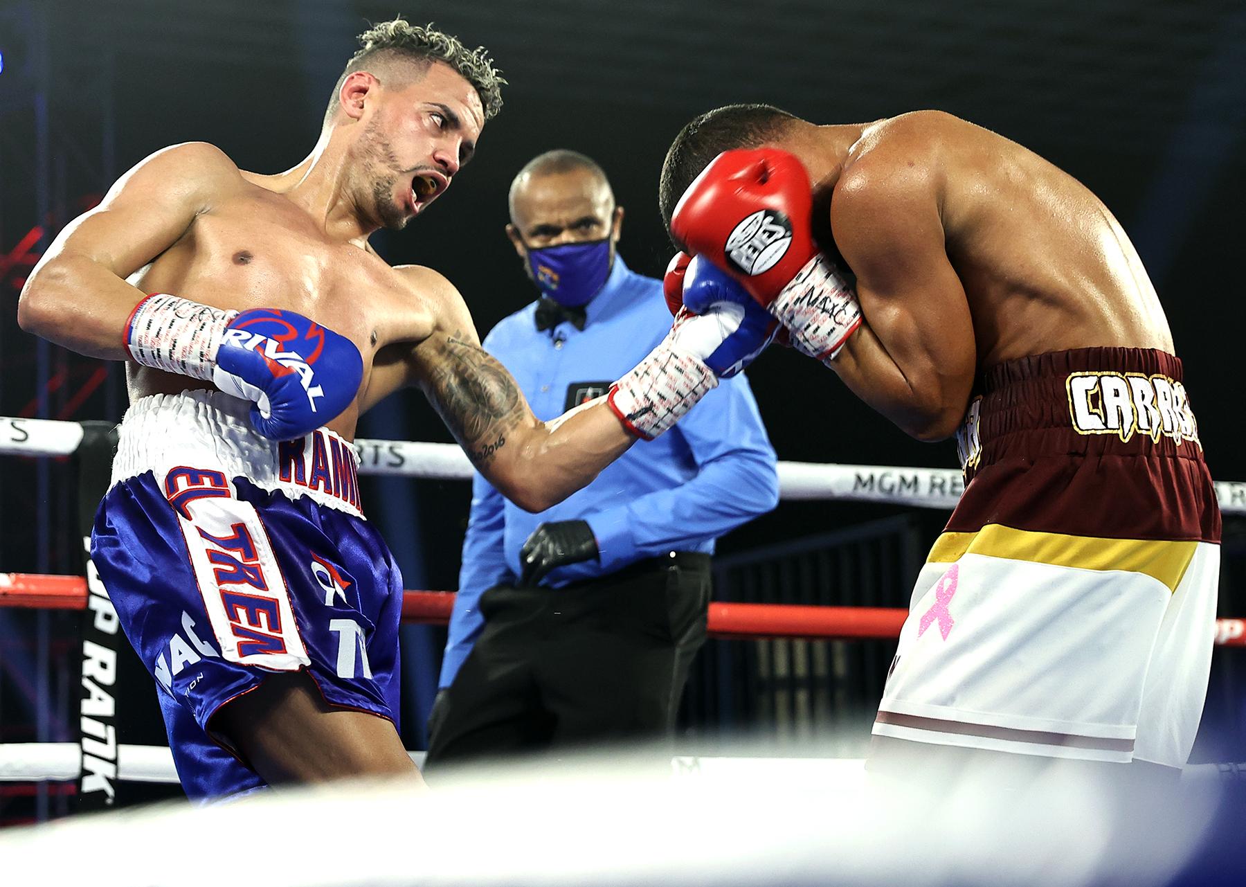 Robeisy Ramirez (left) vs. Felix Caraballo. Photo by Mikey Williams/Top Rank