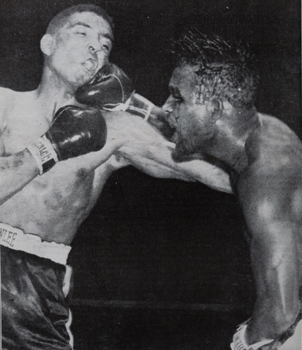 RobinsonTurpin2 1 - From the archive: Sugar Ray Robinson is king again, stops Randy Turpin in 10