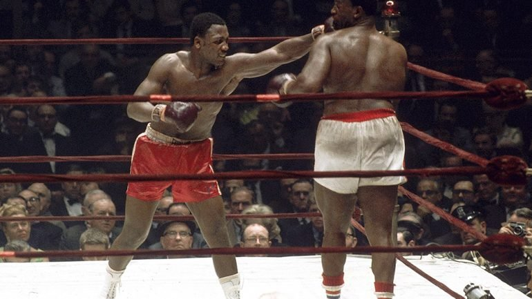 Dougie's Monday Mailbag (Leigh Wood, Dennis Andries, Joe Frazier-Buster Mathis 'What If?')
