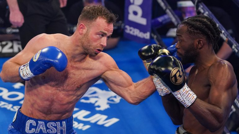 Felix Cash stops Denzel Bentley in three, claims British middleweight title
