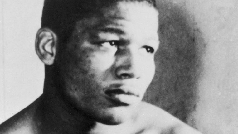 Diamond in the Rough Sugar Ray Robinson's journey began with a move from Detroit to Harlem