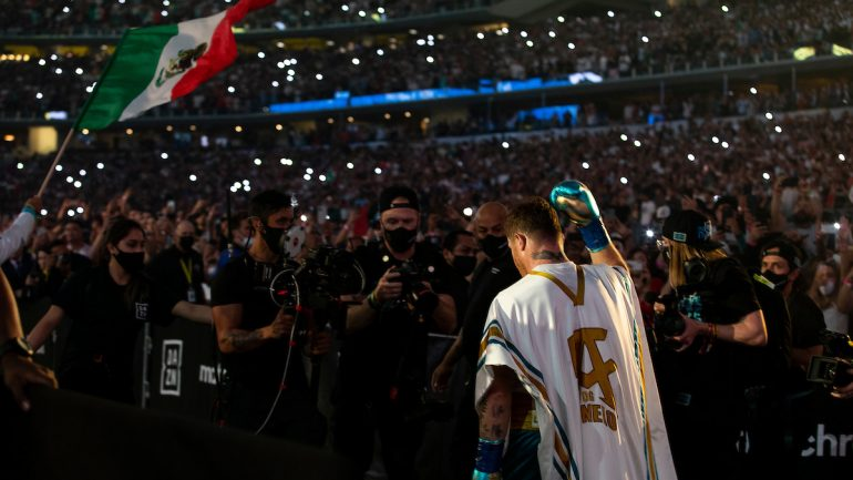 'Fighting Words' — Canelo-Saunders: Just Desserts and a Just Stoppage