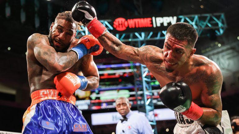 Luis Arias pulls off upset, defeats Jarrett Hurd by split decision