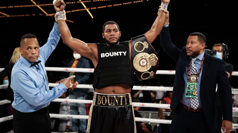 Michael Hunter's fourth-round knockout highlights Triller's Madison Square Garden debut