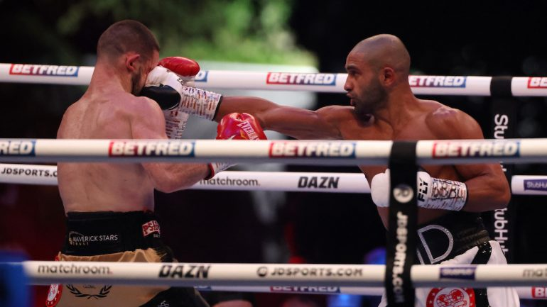 Kid Galahad takes his bows following world title triumph over Jazza Dickens