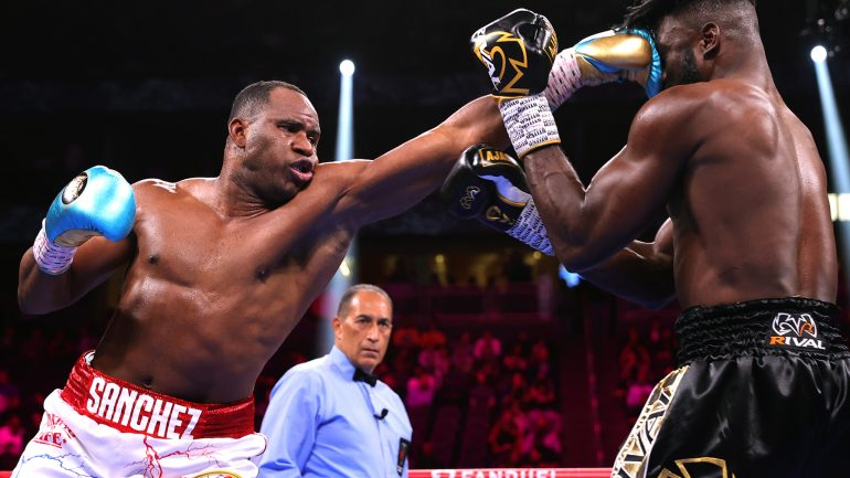Frank Sanchez outpoints Efe Ajagba over 10 rounds, Helenius beats Kownacki again