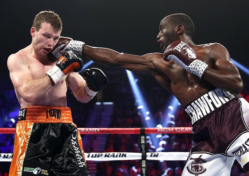 Terence Crawford dishes out severe beating, stops Jeff ...