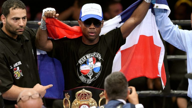 Javier Fortuna knocks out Mario Beltre in two rounds