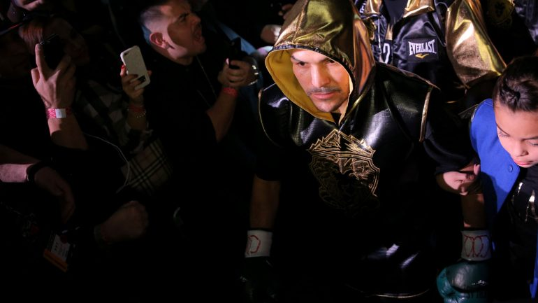 Brandon Rios vs Mike Alvarado III