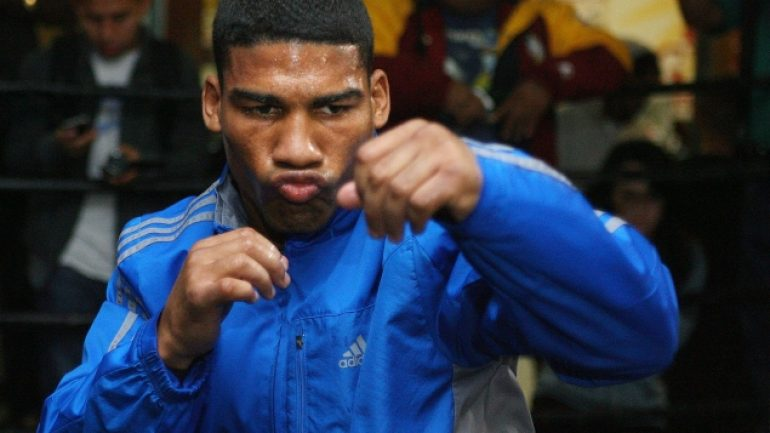 Yuriorkis Gamboa to return vs. Robinson Castellanos on May 5