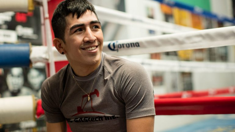 Leo Santa Cruz media workout 2-18-16 by Scott Hirano/Showtime