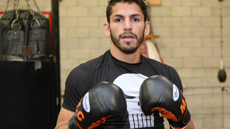 Jorge Linares takes advantage of showcase: Weekend Review
